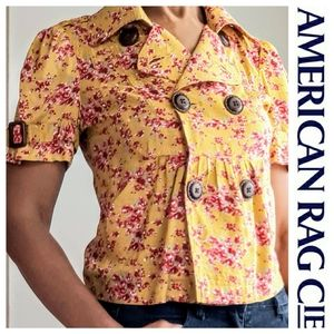 NWOT  American Rag Cie Cropped Red/Gold Floral Tol